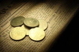 金貨がたくさん置いてある